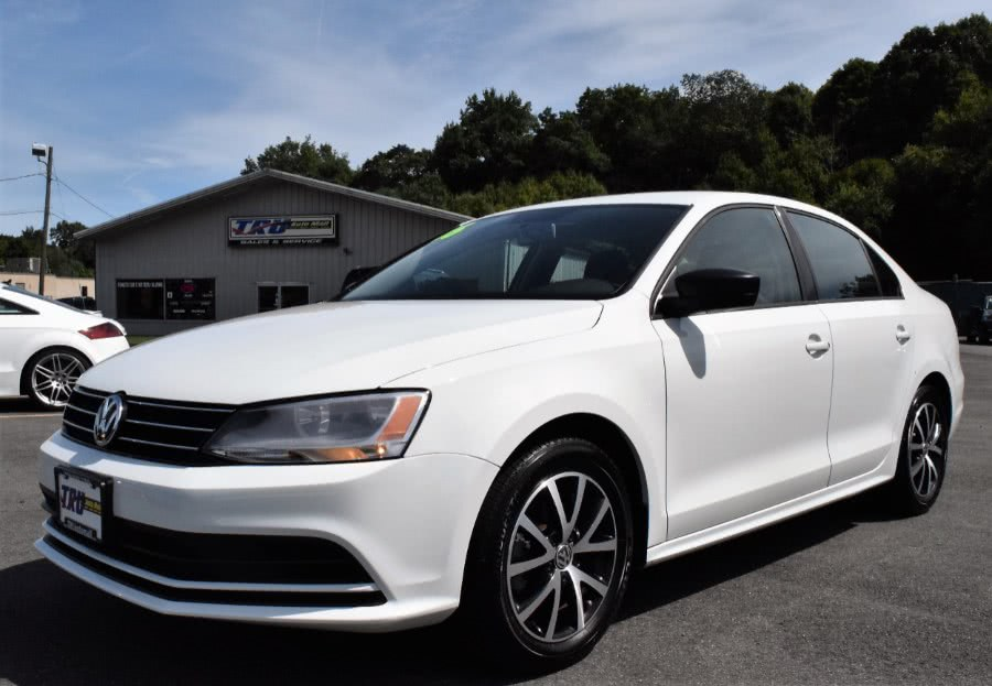 Used 2016 Volkswagen Jetta Sedan in Berlin, Connecticut | Tru Auto Mall. Berlin, Connecticut