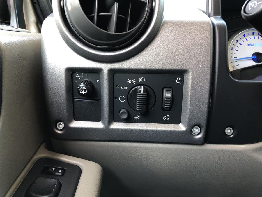 2003 HUMMER H2 4dr Wgn, available for sale in Amityville, New York | Sunrise Auto Outlet. Amityville, New York