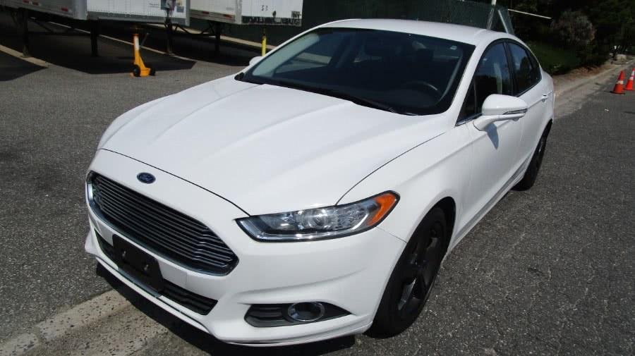 Used 2016 Ford Fusion in Hicksville, New York | H & H Auto Sales. Hicksville, New York