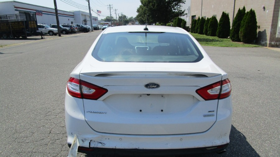 Used Ford Fusion 4dr Sdn SE FWD 2016 | H & H Auto Sales. Hicksville, New York