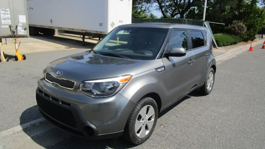 Used 2015 Kia Soul in Hicksville, New York | H & H Auto Sales. Hicksville, New York