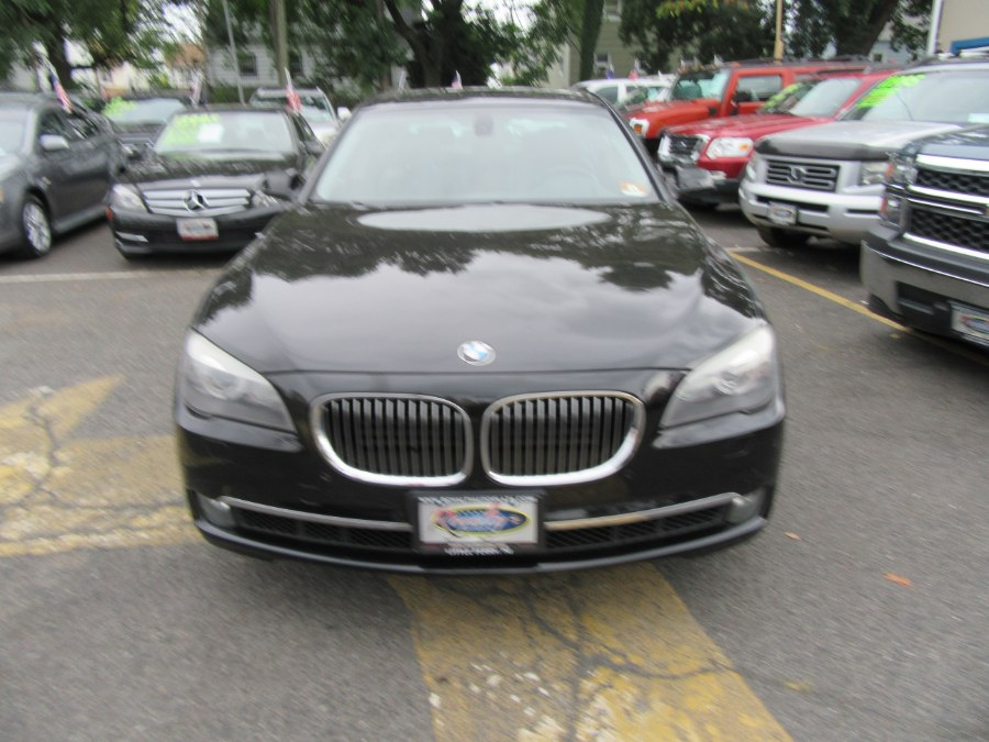 Used BMW 7 Series 4dr Sdn 750i xDrive AWD 2012 | Royalty Auto Sales. Little Ferry, New Jersey
