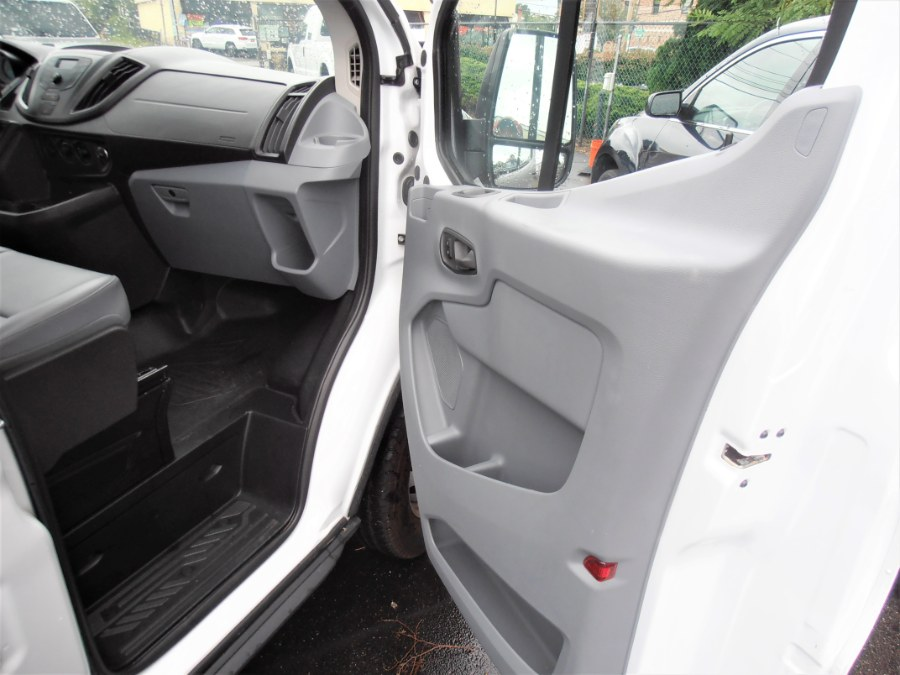 2018 Ford TRANSIT 150 EXT CARGO T-150 148