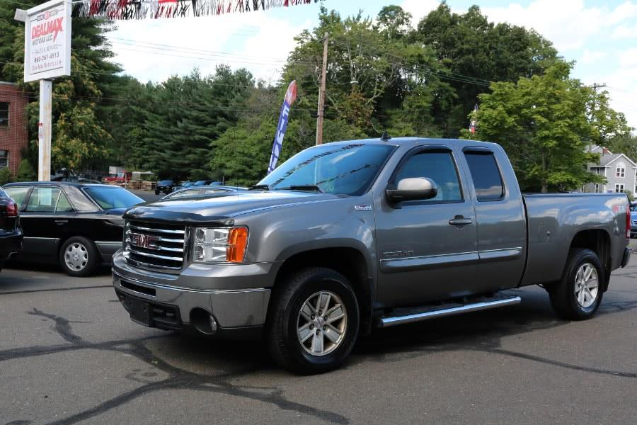 Used 2012 GMC Sierra 1500 in Bristol, Connecticut | Dealmax Motors LLC. Bristol, Connecticut
