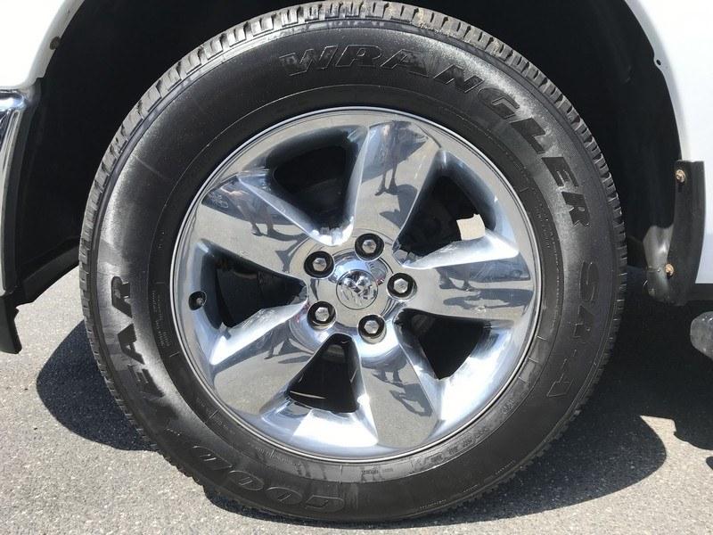 "Used Ram 1500 4WD Crew Cab 140.5"" Big Horn 2015   Union Street Auto Sales. West Springfield, Massachusetts"