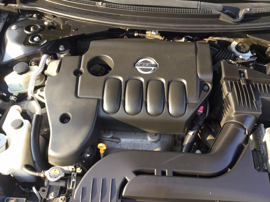 Used Nissan Altima 4dr Sdn I4 CVT 2.5 S 2012 | L&S Automotive LLC. Plantsville, Connecticut
