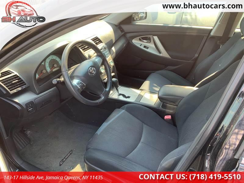 2007 Toyota Camry SE V6 4dr Sedan, available for sale in Jamaica Queens, New York | BH Auto. Jamaica Queens, New York