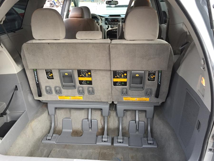 2013 Toyota Sienna 5dr 7-Pass Van V6 LE FWD (Natl), available for sale in Corona, New York | Raymonds Cars Inc. Corona, New York