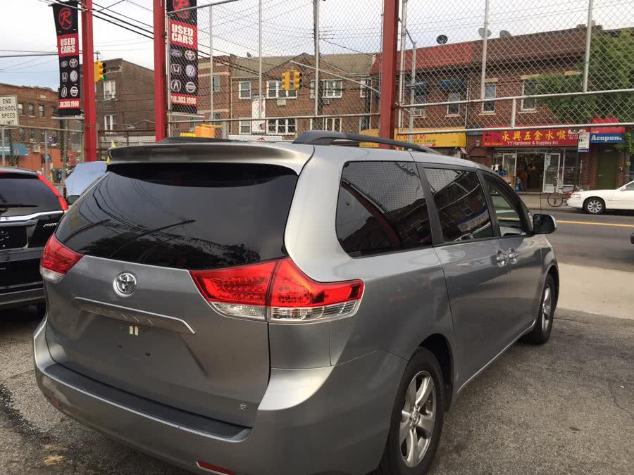 Used 2013 Toyota Sienna in Corona, New York | Raymonds Cars Inc. Corona, New York