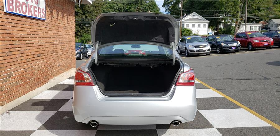 Used Nissan Altima 4dr Sdn 2.5 S 2013   National Auto Brokers, Inc.. Waterbury, Connecticut