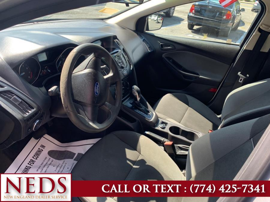 Used Ford Focus 4dr Sdn S 2013 | New England Dealer Services. Indian Orchard, Massachusetts