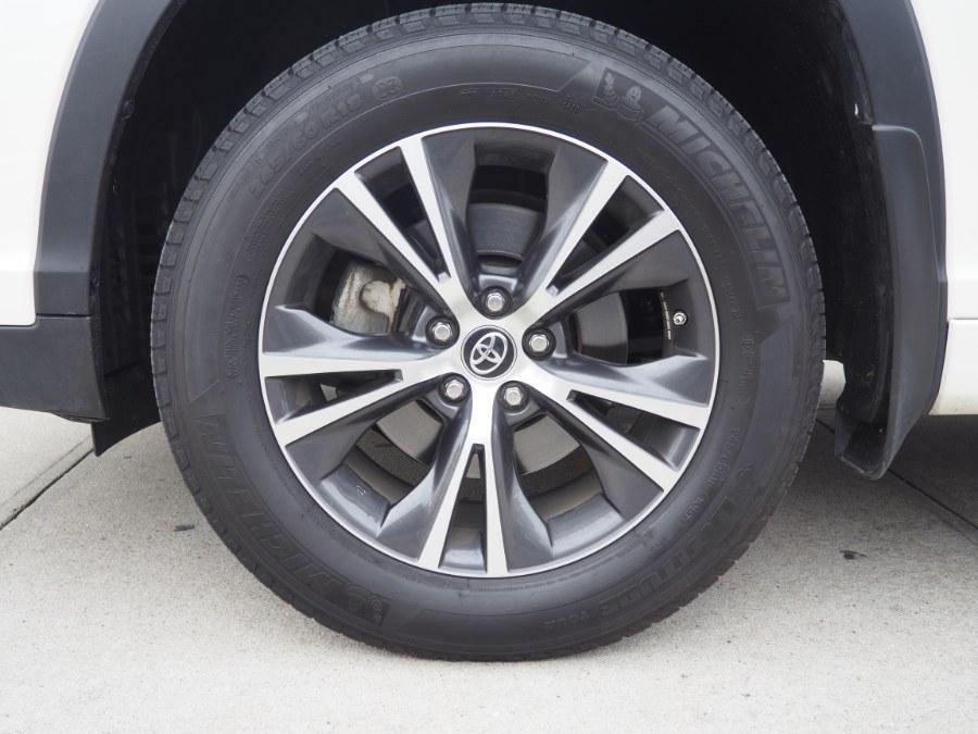 2018 Toyota Highlander LE V6 AWD (Natl), available for sale in Jamaica, New York | Hillside Auto Mall Inc.. Jamaica, New York