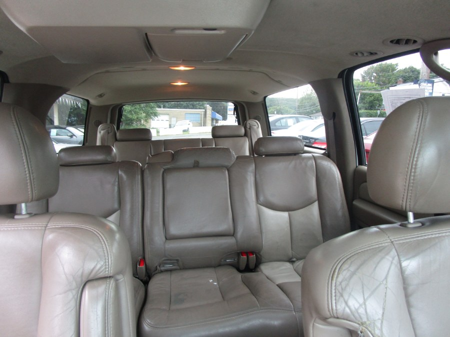2005 GMC Yukon XL Denali 4dr 1500 AWD, available for sale in Waterbury, Connecticut   Tony's Auto Sales. Waterbury, Connecticut