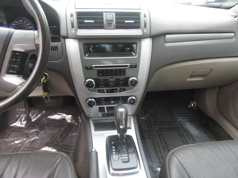 2010 Mercury Milan 4dr Sdn Hybrid FWD, available for sale in Waterbury, Connecticut | Tony's Auto Sales. Waterbury, Connecticut