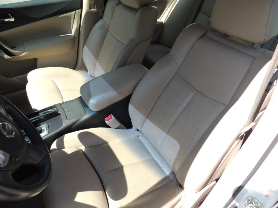 2014 Nissan Maxima 4dr Sdn 3.5 SV w/Sport Pkg, available for sale in Brooklyn, New York | Carsbuck Inc.. Brooklyn, New York