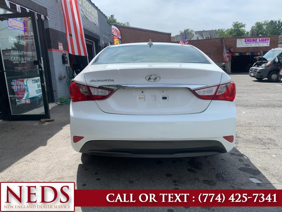 2014 Hyundai Sonata 4dr Sdn 2.4L Auto GLS PZEV, available for sale in Indian Orchard, Massachusetts | New England Dealer Services. Indian Orchard, Massachusetts
