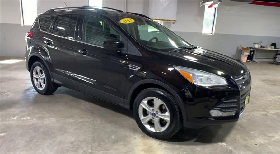 Used Ford Escape FWD 4dr SE 2013 | Wiz Leasing Inc. Stratford, Connecticut
