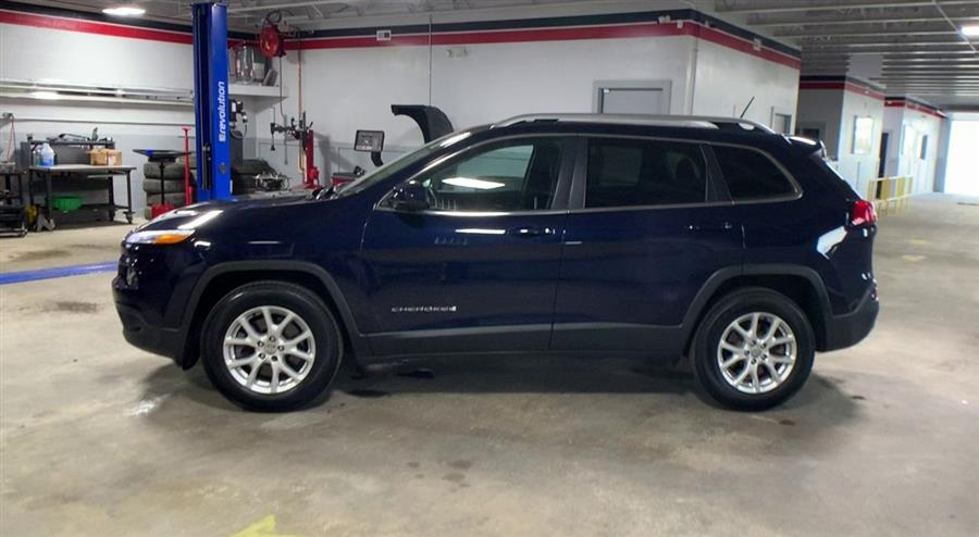 Used Jeep Cherokee 4WD 4dr Latitude 2015 | Wiz Leasing Inc. Stratford, Connecticut
