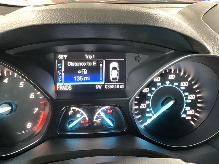 Used Ford Escape 4WD 4dr Titanium 2016 | Wiz Leasing Inc. Stratford, Connecticut