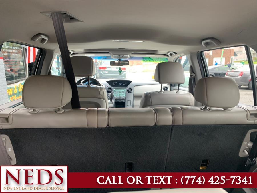 Used Honda Pilot 4WD 4dr EX-L 2011   New England Dealer Services. Indian Orchard, Massachusetts