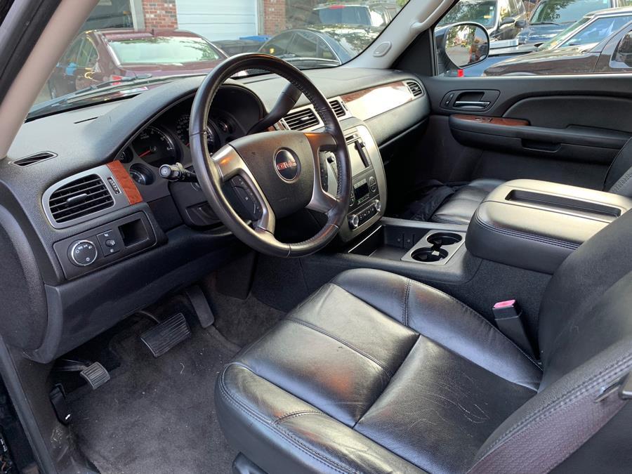 Used GMC Yukon XL 2WD 4dr 1500 SLT 2007 | Central Auto Sales & Service. New Britain, Connecticut