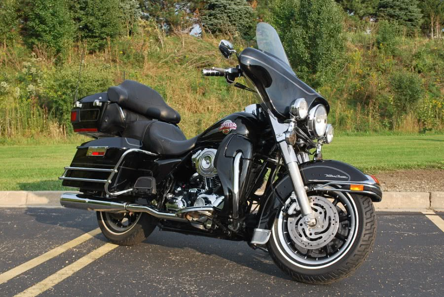 Used 2007 Harley Davidson FLHTCU in Plainfield, Illinois | Showcase of Cycles. Plainfield, Illinois