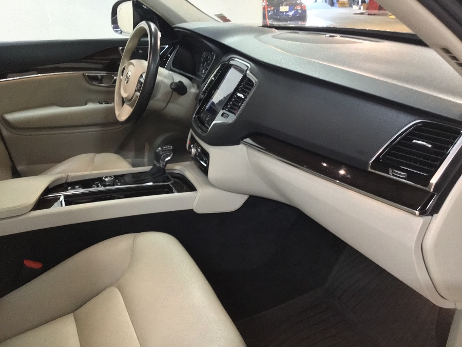 2016 Volvo XC90 AWD 4dr T6 Momentum, available for sale in Hillside, New Jersey | M Sport Motor Car. Hillside, New Jersey
