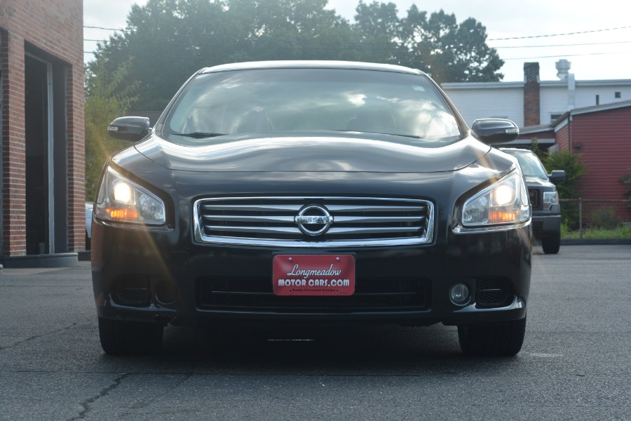 Used Nissan Maxima 4dr Sdn V6 CVT 3.5 SV w/Premium Pkg 2012 | Longmeadow Motor Cars. ENFIELD, Connecticut