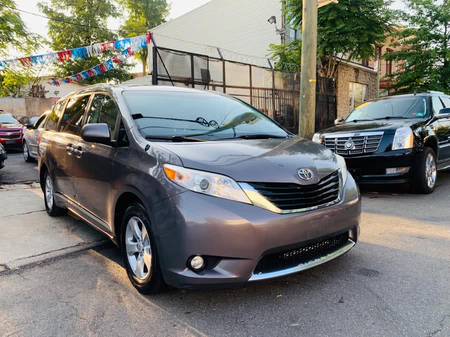 Used Toyota Sienna 5dr 8-Pass Van V6 LE FWD (Natl) 2012 | Sports & Imports Auto Inc. Brooklyn, New York
