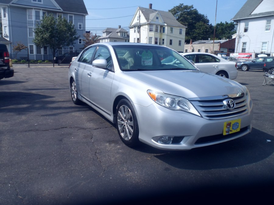 2011 Toyota Avalon 4dr Sdn Limited (Natl), available for sale in Bridgeport, Connecticut | Hurd Auto Sales. Bridgeport, Connecticut