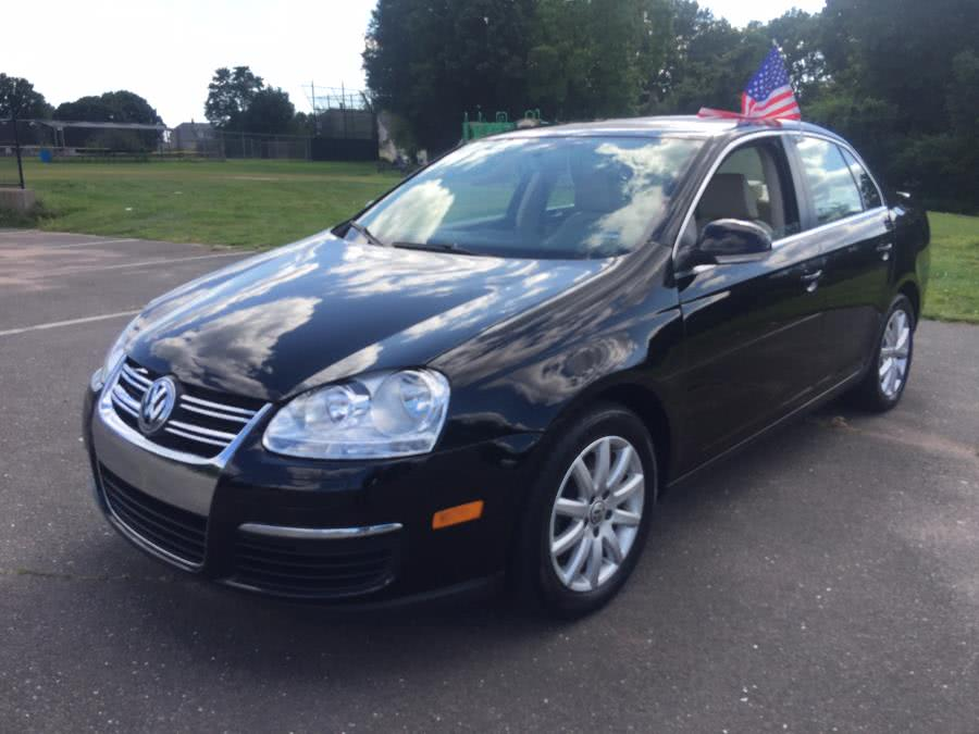 Used 2010 Volkswagen Jetta Sedan in Stratford, Connecticut | Mike's Motors LLC. Stratford, Connecticut