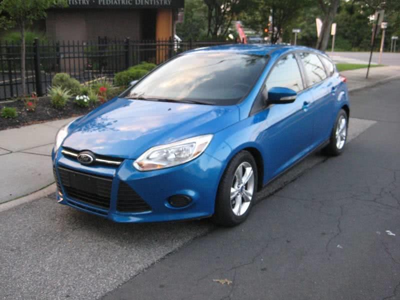Used Ford Focus SE 4dr Hatchback 2014 | Rite Choice Auto Inc.. Massapequa, New York