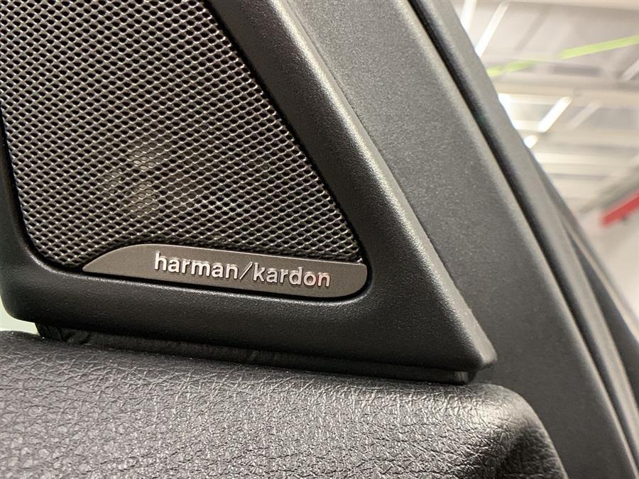 Used BMW 5 Series 4dr Sdn 528i xDrive AWD 2016 | Wiz Leasing Inc. Stratford, Connecticut