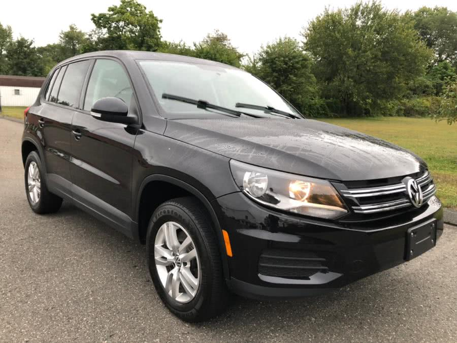 Used 2013 Volkswagen Tiguan in Agawam, Massachusetts | Malkoon Motors. Agawam, Massachusetts