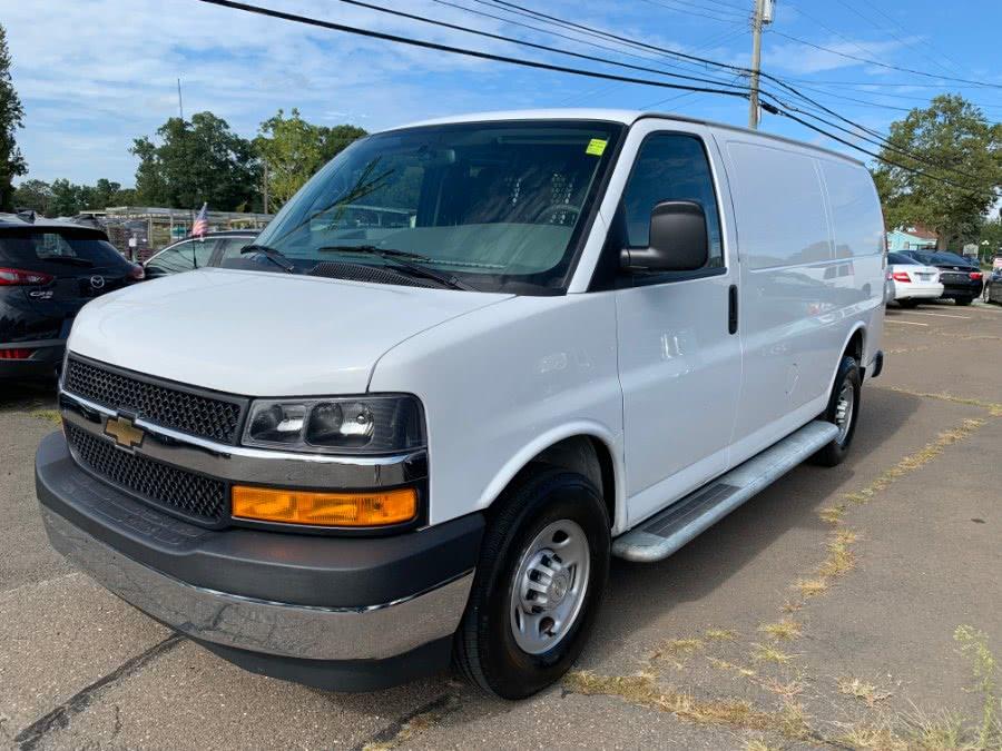 Used 2018 Chevrolet Express Cargo Van in Clinton, Connecticut | M&M Motors International. Clinton, Connecticut