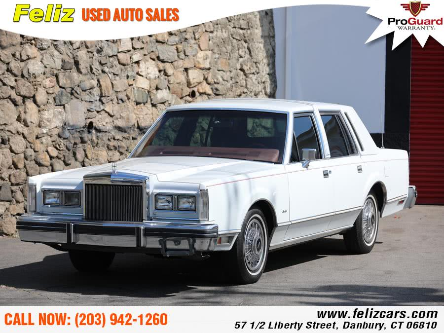 Used 1984 Lincoln Town Car in Danbury, Connecticut | Feliz Used Auto Sales. Danbury, Connecticut