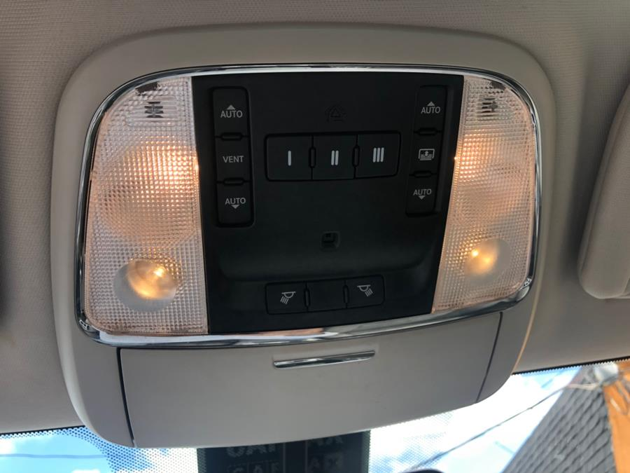 Used Jeep Grand Cherokee 4WD 4dr Laredo 2012 | Route 46 Auto Sales Inc. Lodi, New Jersey