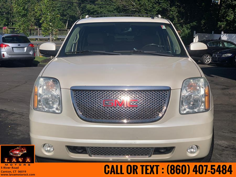 Used 2011 GMC Yukon XL in Canton, Connecticut | Lava Motors. Canton, Connecticut