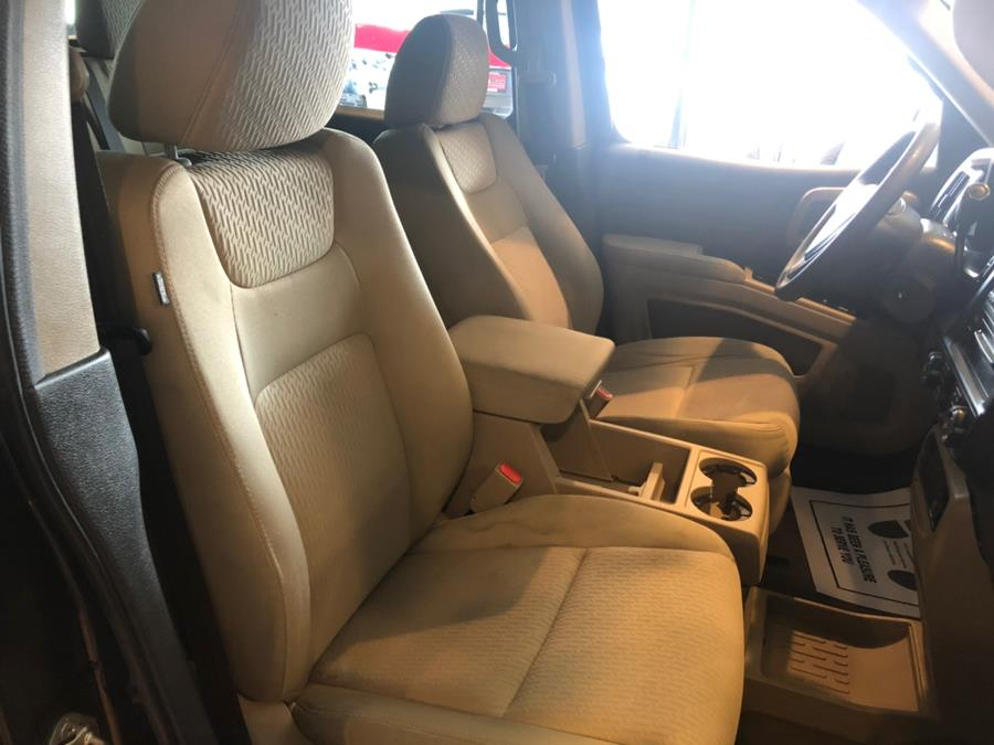 2009 Honda Ridgeline 4WD Crew Cab RTS, available for sale in West Hartford, Connecticut | AutoMax. West Hartford, Connecticut