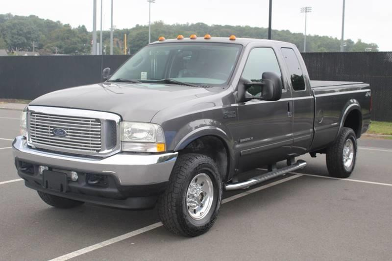 2003 Ford F-350 Super Duty XLT 4dr SuperCab 4WD LB, available for sale in Waterbury, Connecticut | Sphinx Motorcars. Waterbury, Connecticut