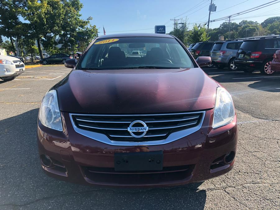 2011 Nissan Altima 4dr Sdn I4 CVT 2.5 SL, available for sale in Manchester, Connecticut | Manchester Car Center. Manchester, Connecticut