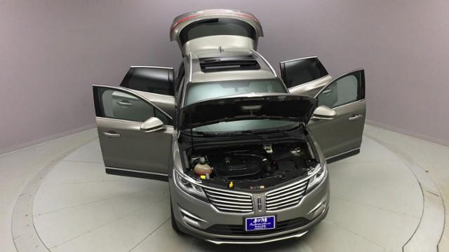 2017 Lincoln Mkc Reserve AWD, available for sale in Naugatuck, Connecticut | J&M Automotive Sls&Svc LLC. Naugatuck, Connecticut