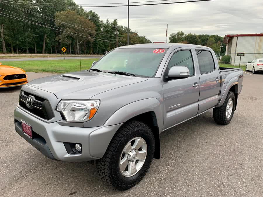 Used 2015 Toyota Tacoma in South Windsor, Connecticut | Mike And Tony Auto Sales, Inc. South Windsor, Connecticut