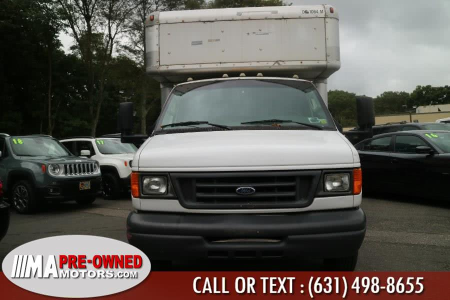 Used 2006 Ford Econoline Commercial Cutaway in Huntington, New York | M & A Motors. Huntington, New York