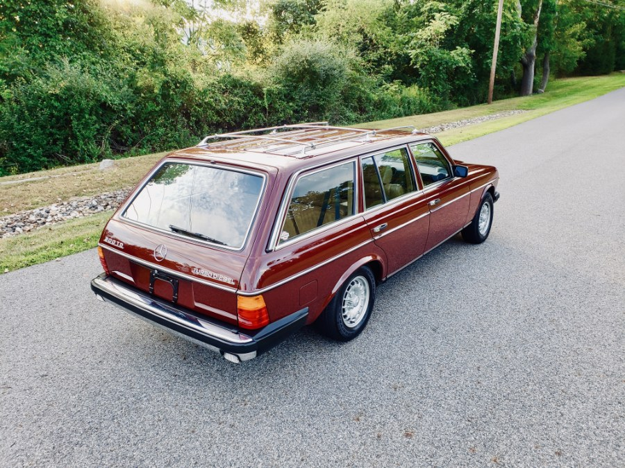 1983 Mercedes-Benz 300 Series 4dr Wagon 300TD-T, available for sale in North Salem, New York | Meccanic Shop North Inc. North Salem, New York
