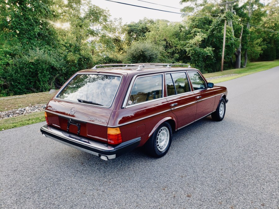 Used Mercedes-Benz 300 Series 4dr Wagon 300TD-T 1983 | Meccanic Shop North Inc. North Salem, New York