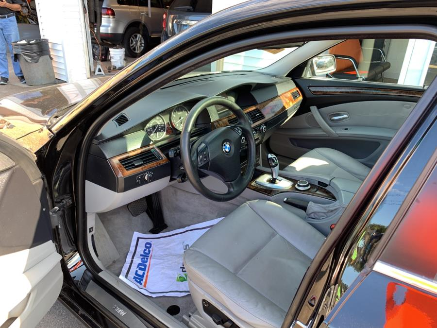 2008 BMW 5 Series 4dr Sdn 528i RWD, available for sale in Danbury, Connecticut | Car City of Danbury, LLC. Danbury, Connecticut