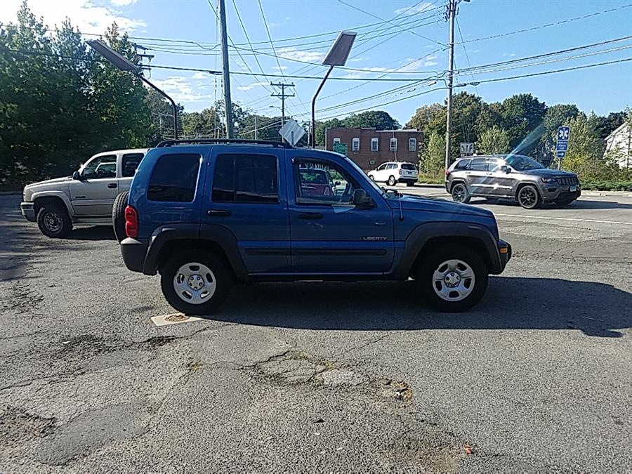 2004 Jeep Liberty 4dr Sport 4WD, available for sale in Westbrook, Connecticut | Westbrook Auto Sales and Service LLC. Westbrook, Connecticut
