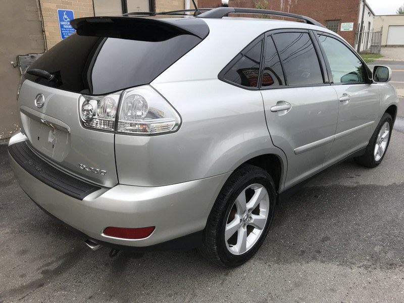 2004 Lexus RX 330 4dr SUV AWD, available for sale in West Springfield, Massachusetts | Union Street Auto Sales. West Springfield, Massachusetts