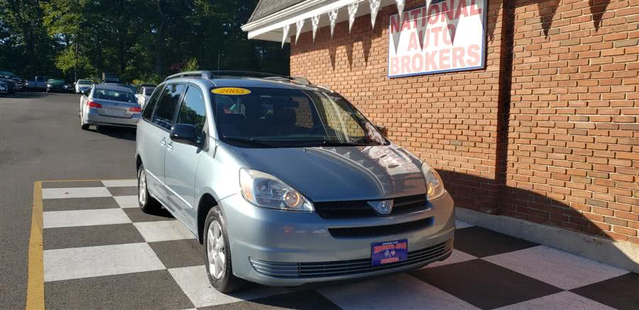Used Toyota Sienna 5dr LE FWD 7-Passenger 2005 | National Auto Brokers, Inc.. Waterbury, Connecticut